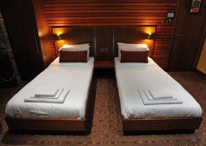 Commercial-Twin-Room-1-300x213 Commercial-Twin-Room-1