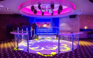 Live-Lounge-Dance-300x189 Live-Lounge-Dance